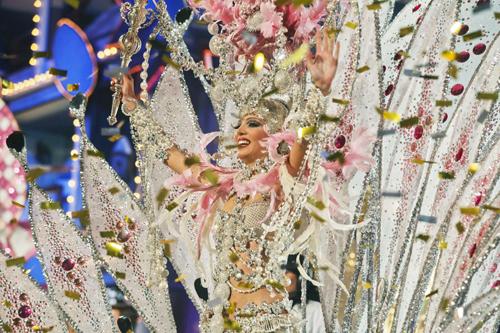 Carnaval Fashion World